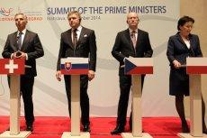 Rober Fico (drugi od lewej) na spotkaniu premierów grupy Wyszehradzkiej