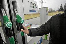 W najbliższych dniach ceny benzyny mogą spaść nawet o 8 groszy.