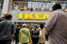 """Z cyklu: """"Polak potrafi"""". Polski emigrant ograbił Ikeę i wiele innych szwedzkich firm na kilkadziesiąt milionów koron. Na zdjęciu – otwarcie sklepu Ikea w Lublinie."""