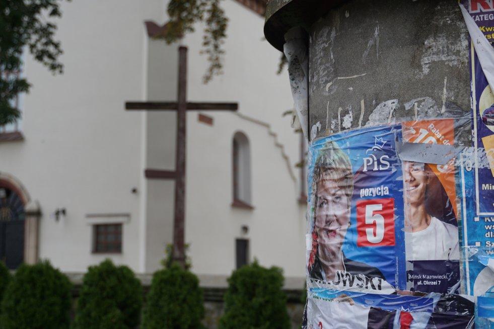 Czy Na Kościołach Wiszą Plakaty Pis Pojechałem I
