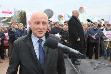 Wojciech Jasiński i Jarosław Kaczyński na wiecu wyborczego przed siedzibą Orlenu w Płocku.