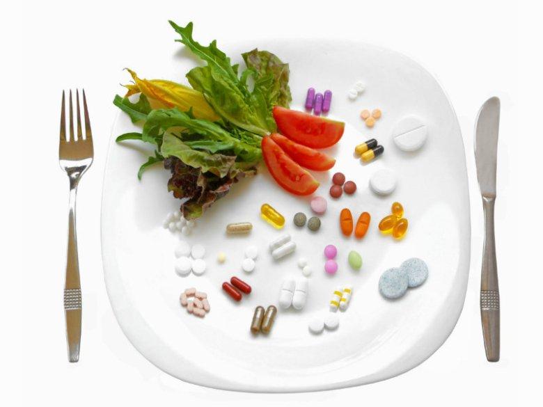 Tabletki łyka się łatwo, trudniej ocenić , jak ich nadmiar wpłynie na stan naszego przewodu pokarmowego.