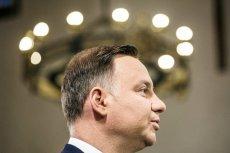 Andrzej Duda stracił miejsce na czele rankingu zaufania polityków - wynika z sondażu IBRiS dla portalu Onet.