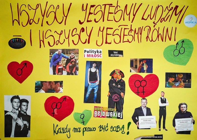 Piątkowisko kolo Łodzi. Prace uczniów gimnazjum w Piątkowisku o tematyce dyskryminacji i homofobii zdjęte z wystawy z powodu interwencji narodowców z ONR.