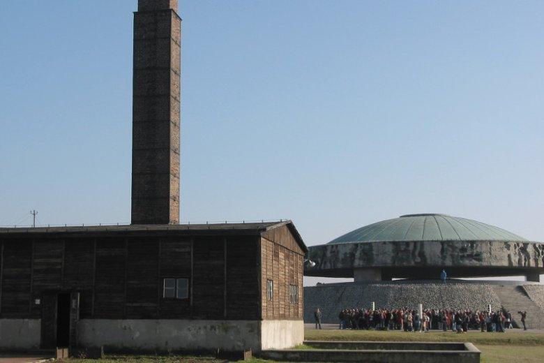 Teren byłego niemieckiego obozu koncentracyjnego, potocznie zwanego Majdankiem.