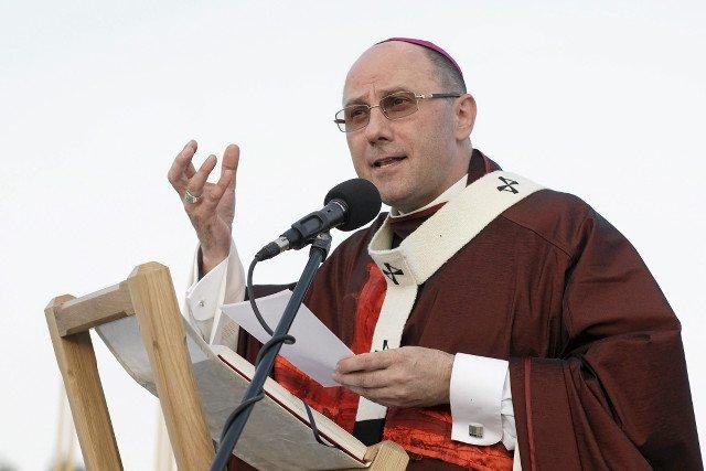 """Arcybiskup Wojciech Polak o uchodźcach: """"Konieczne jest budowanie autentycznej kultury przyjęcia"""""""