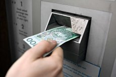 Podstawowa zasada bezpieczeństwa nie tylko w bankowości elektronicznej brzmi: nikomu nie podawać swoich haseł i pin-ów.