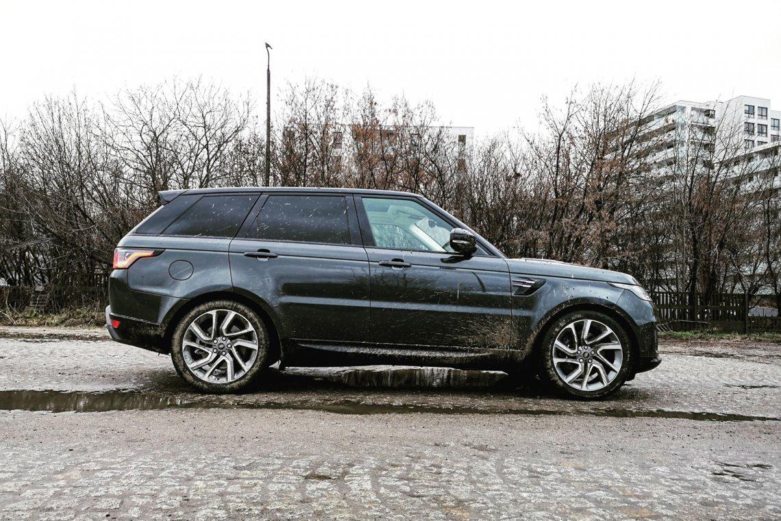 Range Rover Sport w wersji PHEV to hybrydowa odsłona tego giganta.