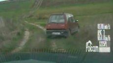 Pijany w sztok kierowca uciekał Policji
