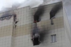 Co najmniej 64 osoby zginęły w centrum handlowo-rozrywkowym w Kemerowie na Syberii Zachodniej.