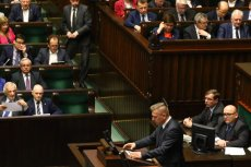 Gdyby wybory odbyły się dzisiaj, do parlamentu dostałoby się pięć partii politycznych.