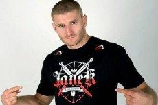 Jan Błachowicz to nie tylko zawodnik MMA i międzynarodowy mistrz KSW w wadze półciężkiej. W Cieszynie eksploruje podziemia, strzela z łuku, lubi też czytać o kometach i asteroidach.