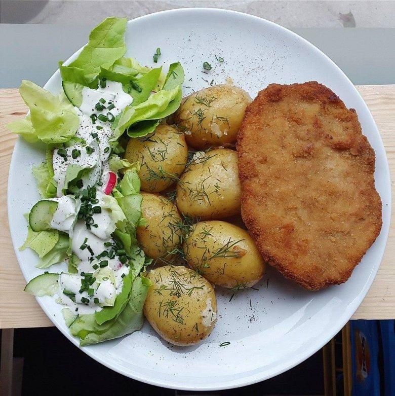 """""""Schabowy"""" z seitanowego mięsa w Lokal Vegan Bistro"""