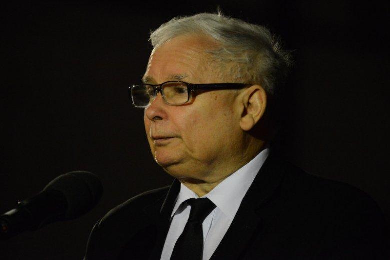 Jarosława Kaczyńskiego czeka jeszcze jedna operacja, o czym sam poinformował.