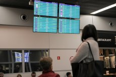 Turyści spędzili sylwestra na lotnisku