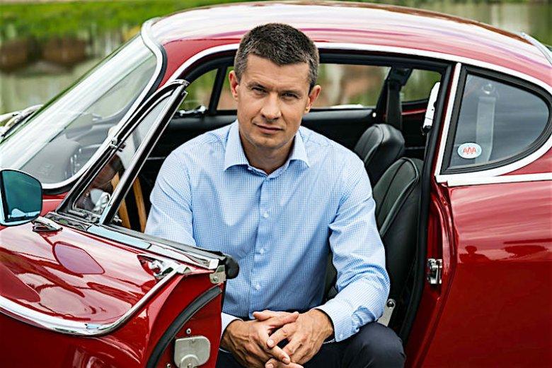Jeden z naszych informatorów, czyli Arkadiusz Nowiński, prezes Volvo Car Poland