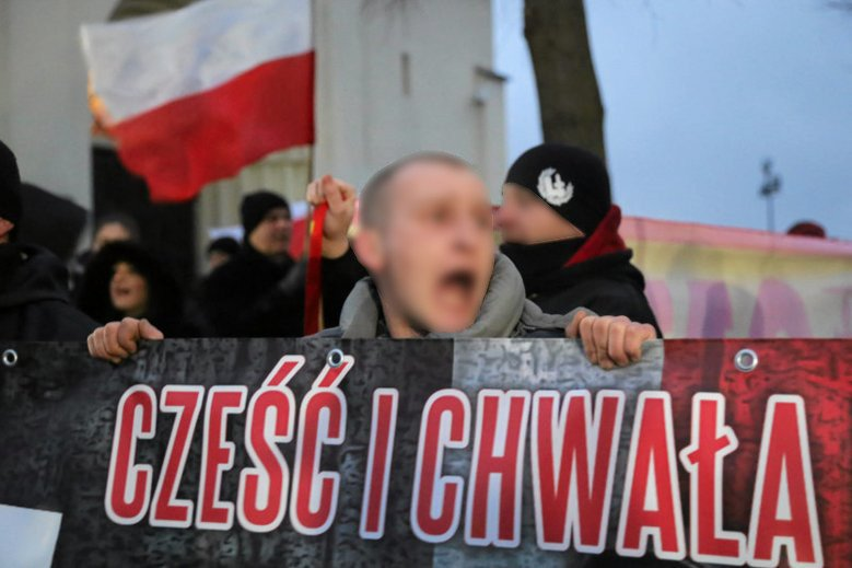 """W Sofii powołano do życia """"Twierdzę Europa"""". Międzynarodową organizację skrajnej prawicy tworzą też """"delegaci"""" z Polski."""