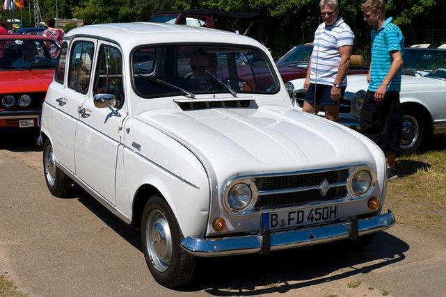 [url=http://shutr.bz/H5UYwA]Samochód[/url] zmienił też papież Franciszek.