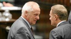 W rozmowie z naTemat.pl Stefan Niesiołowski z Unii Europejskich Demokratów sugeruje, że do powrotu z Brukseli Donalda Tuska wcale nie motywują ambicje prezydenckie.