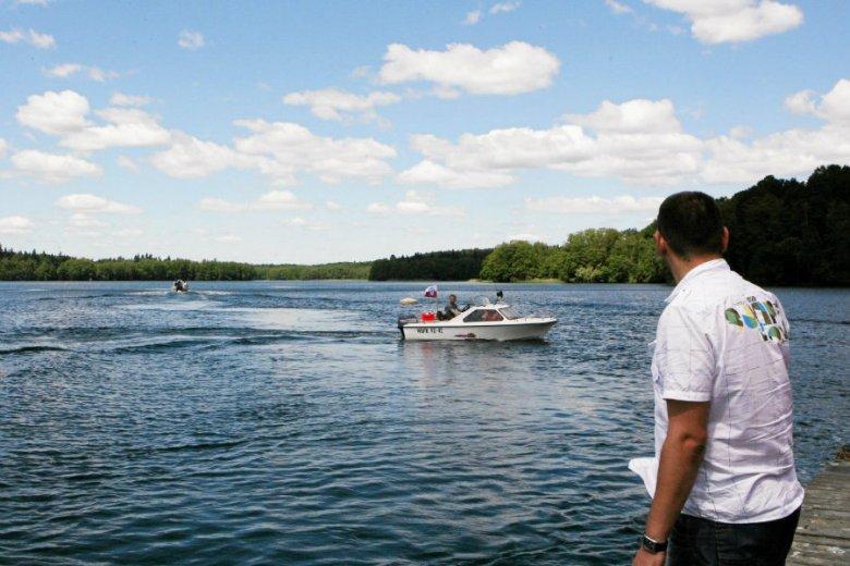 Do tragedii doszło w miejscowości Płociczno-Tartak w województwie podlaskim. 34-letni mężczyzna utopił się w jeziorze Staw.