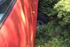 Poseł PO Sławomir Nitras zrobił zdjęcie samochodu posła PiS i umieścił na Facebooku.