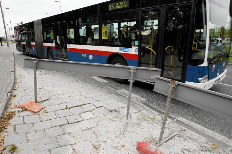 Brutalna interwencja kontrolerów w Bydgoszczy. Policja wyjaśnia zajście