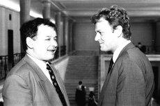 """""""Donald Tusk ma obyczaj kłamać i kłamie w każdej sprawie"""" – mówił Jarosław Kaczyński. W sprawie alkoholu w Magdalence jednak prezes PiS jest w błędzie."""