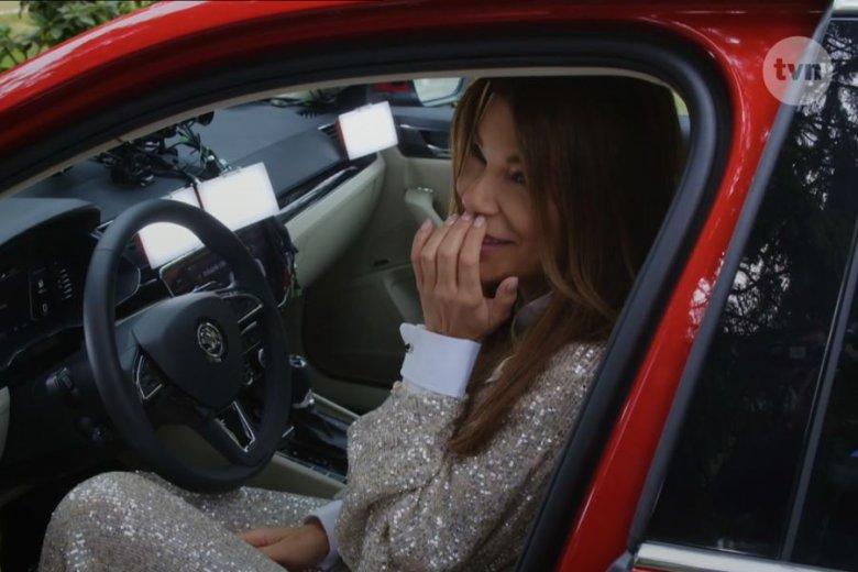 Edyta Górniak zachowuje się w swoim nowym programie, jakby pierwszy raz widziała samochód na oczy
