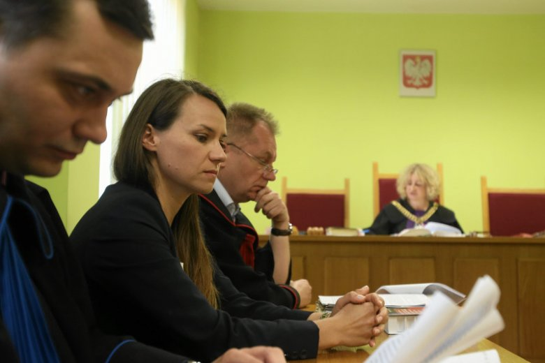 Posłanka Agnieszka Pomaska jako oskarżyciel posiłkowy podczas rozprawy przed sądem