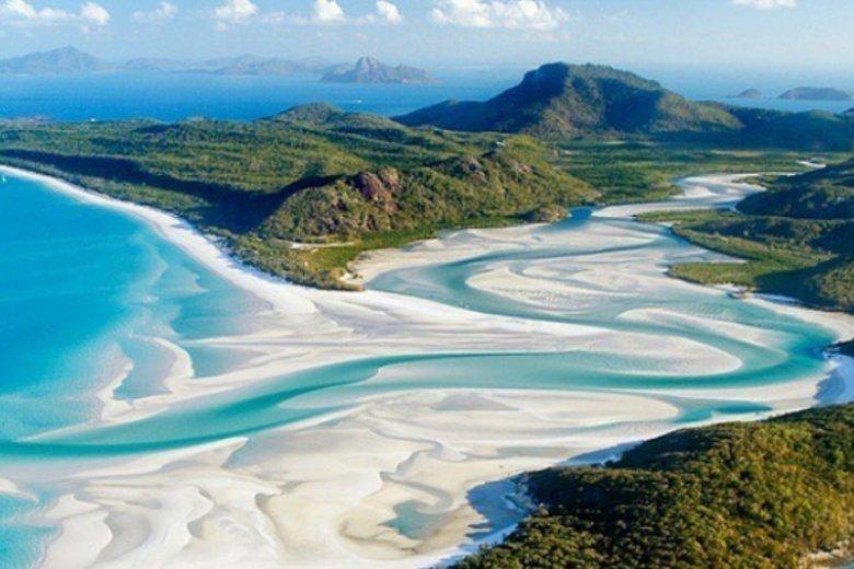 Niezwykła plaża Whitehaven znajduje się w Australii, ale wcale nie trzeba lecieć tak daleko, aby zobaczyć równie piękne widoki