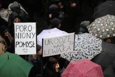 W Poznaniu kobiety uczyły się jak przerwać ciążę w domu. Organizatorki i jednocześnie uczestniczki Czarnego Protestu zapowiadają, że warsztaty odbędą się w całym kraju.
