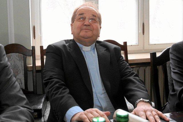 Ojciec Rydzyk minął się z powołaniem, jego miejscem jest biznes, wywiady i zdjęcie na okładce Forbes