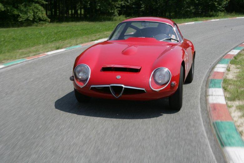 Alfa Romeo TZ1