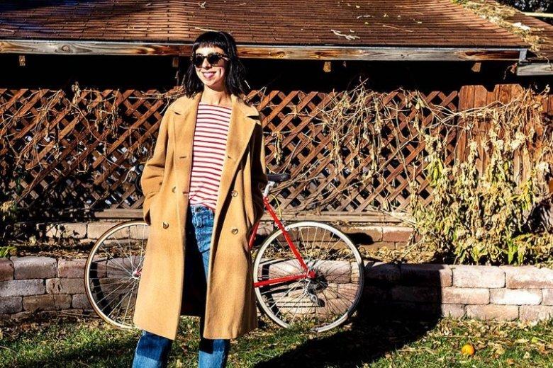 Płaszcz w stylu vintage to świetny wybór
