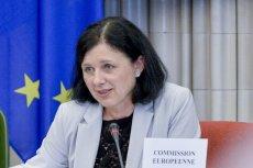 Vera Jourova już wcześniej ostrzegała, że nie będzie wobec Polski taryfy ulgowej, jeśli zostanie przyjęta ustawa kagańcowa.