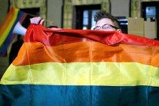 W Czechach pary homoseksualne mogą już zawierać związki małżeńskie. W Polsce pozostają tylko Parady Równości.