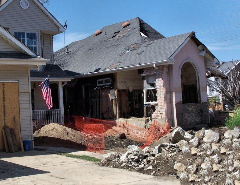 Skala zniszczeń po huraganie Katrina.