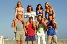"""Serial """"Beverly Hills, 90210"""" wraca co jakiś czas do popkultury i mody"""