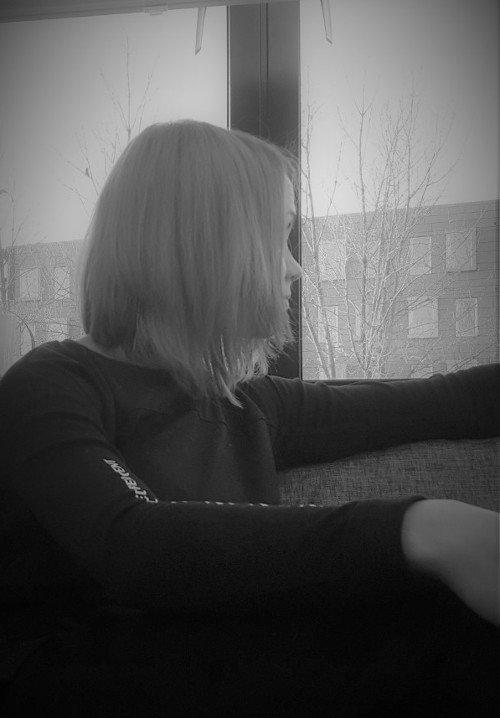 — Nie myślałam, że będę tam dłużej niż miesiąc, ale w pewnym momencie przeglądanie Sugar Daters było dla mnie tak naturalne, jak przeglądanie Facebook'a — mówi Monika.