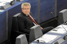 Parlament Europejski odwołał Ryszarda Czarneckiego z funkcji wiceszefa za słowa o szmalcownikach po filmie, w którym wystąpiła Róża Thun.