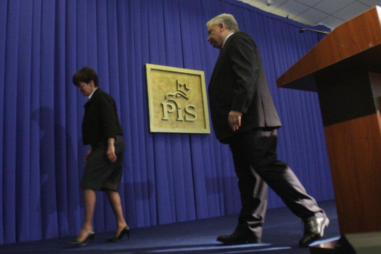 Joanna Kluzik-Rostkowska i prezes PiS Jarosław Kaczyński w 2009 roku. Rok później posłanka została wyrzucona z PiS.