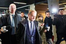 """Donald Tusk odnotował internetową """"aktywność"""" nowej konsul."""