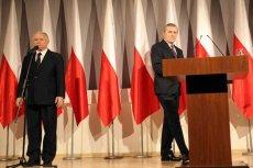 Prezes PiS Jarosław Kaczyński prezentuje kandydata na premiera - prof. Piotra Glińskiego