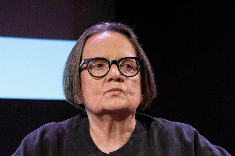 """Agnieszka Holland nie wytrzymała i odpowiedziała na hejt dotyczący serialu """"1983""""."""