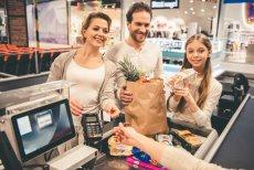 Sprawdziliśmy, jak przedstawiciele trzech grup wiekowych (18-29; 30-49; 50+) podchodzą do tematu oszczędzania. Według raportu Fundacji Kronenberga przy Citi Handlowy i Fundacji THINK! w ciągu dekady podwoiła się liczba osób oszczędzających regularnie
