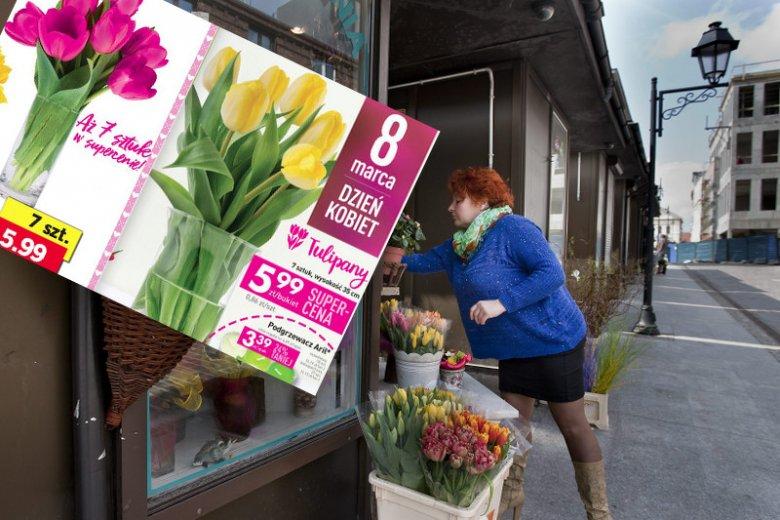 """Promocyjny bukiet z marketu """"odbiega jakością"""" - ostrzega plantatorka tulipanów."""