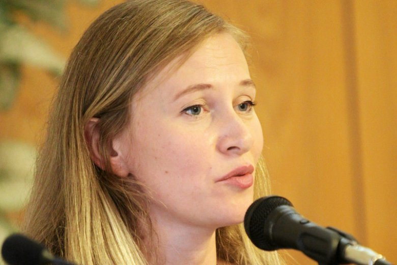 """Iga Kazimierczyk, szefowa Fundacji  """"Przestrzeń dla edukacji"""", swoim uporem doprowadziła do tego, iż WSA nakazał MEN ujawnienie nazwisk autorów podstawy programowej w szkołach."""