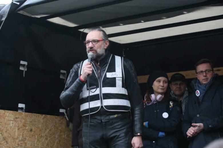 Mateusz Kijowski wydał oświadczenie ws. faktur wystawianych KOD.