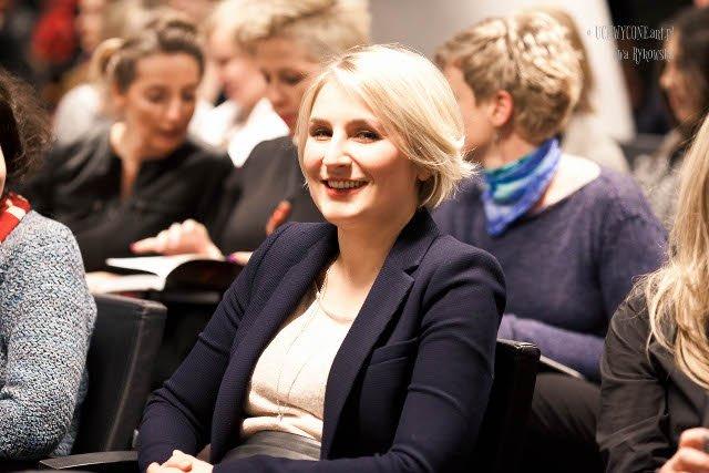 """Dominika Nawrocka – przedsiębiorczyni, inwestorka, autorka książki """"Kobieta i pieniądze. 7 kroków edukacji finansowej dla kobiet"""""""
