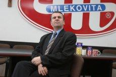 Przekonywał chłopów by myli cycki krowom, inwestował miliony w technologie do produkcji serów - Dariusz Sapiński od 30 lat jest prezesem spółdzielni mleczarskiej, z której zrobił  korporację skuteczniejszą niż Danone.